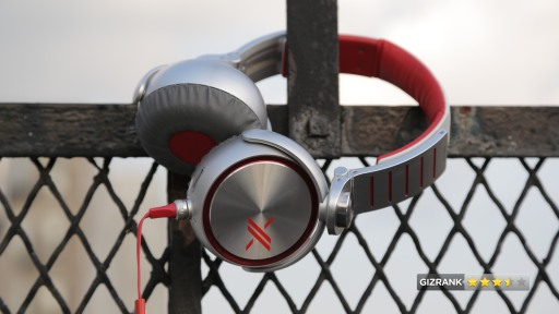 X series headphone shot from Gizmodo